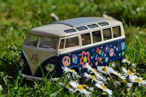 vw-bus-peace-love